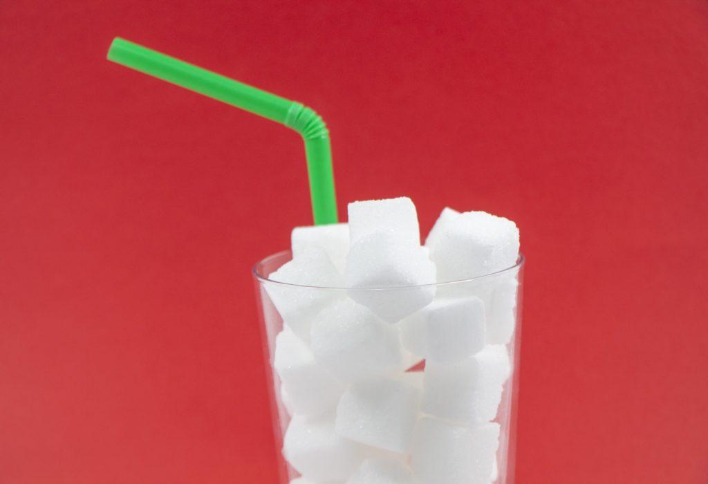 【ロカボ】飲み物の糖質量を角砂糖(1個3グラム)で一覧化してみた。ダイエットを小さく始めて長く続けるために。